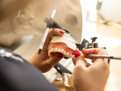 Denturologie